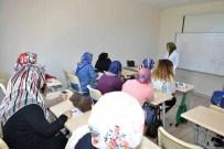 TUZLA BELEDİYESİ - Tuzla Belediyesi'nin Kadın İstihdamı İçin Düzenlediği Örnek Proje Devam Ediyor