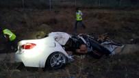 LÜKS OTOMOBİL - Hurdaya Dönen Otomobilden Sağ Çıktılar
