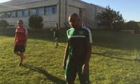 ROTTERDAM - Bursaspor'un Yeni Transferi İlk Antrenmanına Çıktı