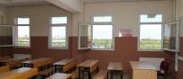 OKUL BİNASI - Turgutlu'daki Okullar Belediye Tarafından Bakıma Alındı