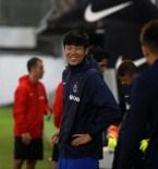 SEMPATIK - Koreli Golcü Hyun-Jun Suk Trabzonspor İle İlk İdmanına Çıktı