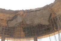 MUSTAFA YAMAN - Mardin'de cami kubbesi çöktü: 6 yaralı