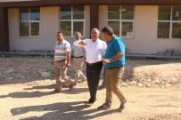 MEHMET ÖZHASEKI - Yahyalı Meslek Yüksek Okulu'nun Çevre Düzenlemesi Başladı