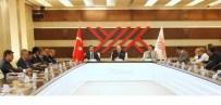EMRULLAH İŞLER - YÖK Başkanı Saraç, AK Partili Akademisyen Milletvekilleriyle Bir Araya Geldi