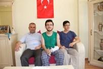 VATANA İHANET - Yozgatlı Genç 15 Temmuz Şehitler Köprüsünde Tanka Dur Dedi