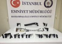 İSTANBUL OTOGARI - Bayrampaşa Ve Fatih'te Yapılan Aramalarda Çok Sayıda Silah Ele Geçirildi