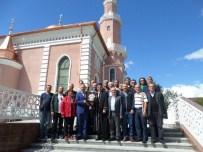 CAMİ İNŞAATI - Cumhurbaşkanı'nın Açacağı Beyaz Rusya'daki Camide Türkçe Hutbe