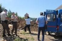 KILIMLI - Jandarmadan Sahte Ve Kaçak İçki Operasyonu