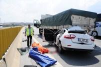 Rahatsızlanan sürücü kamyona çarptı: 2 ölü