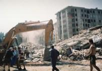HASARLI BİNA - İzmit'in Deprem Raporu Açıklandı