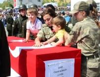 ŞEHİT CENAZESİ - Bitlis'te şehit olan askerler ve korucu için tören