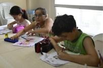 KARİKATÜR - Hayallerindeki Çizgi Roman Kahramanlarını Çiziyorlar