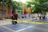 ENGELLİ MEMUR - İlkokulda Görev Yapan Engelli Memur Öldürüldü