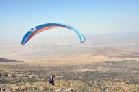MUSTAFA DOĞAN - (Özel) Yamaç Paraşütü Dünya Kupasında İlk Uçuş Şehit Ömer Halisdemir İçin Olacak