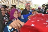 Şehit Uzman Onbaşı Mesut Demir Son Yolculuğuna Uğurlandı