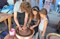 ÇALIŞAN ÇOCUKLAR - 'Şehrin Ateşi' Çocuklar Ve Gençlerin İlgi Odağı Oldu