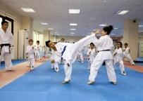 CEVHER DUDAYEV - Sultangazi'de Salon Sporları Kayıtları Başladı