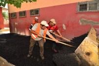 ZİYA GÖKALP - Büyükşehir Belediyesi Okul Bahçelerini Asfaltlıyor