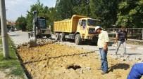 ESKIGEDIZ - Eskigediz Akçaalan Mahallesi'ne 4 Bin Metrekare Kilitli Parke Taşı