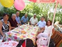 MUSTAFA GÖKÇE - Eskişehirli Şairler Ve Sanatçılar Çiftlik Evinde Buluşarak Gönüllerince Eğlendiler