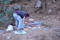 KAYAKÖY - Fethiye'de Ormana Atılan Kitaplardan Parmak İzi Alınacak