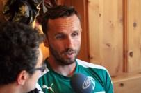TOMAS SIVOK - Kendisini En Çok Zorlayan Forveti Açıkladı