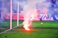 TEZAHÜRAT - Galatasaray'a Kötü Haber