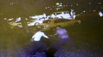 MUSTAFAPAŞA - Seyir Halindeki Taksinin Önünü Kesip, Aracı Kaçırdılar