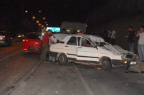 HALİL ERGÜN - Üç Araç Birbirine Girdi Açıklaması 1 Yaralı