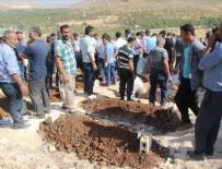 ALI ÖZCAN - Gaziantep saldırısında hayatını kaybedenler toprağa veriliyor
