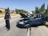 İLK YARDIM - Çorum Sungurlu'da Feci Kaza: 2 Ölü, 2 Yaralı