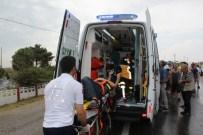 İŞÇİ SERVİSİ - Tekirdağ'da Trafik Kazası Açıklaması 3 Yaralı