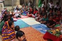 Bangladeş'te Fareea Lara Anne-Çocuk Sağlık Ocağı'na İlaç Desteği