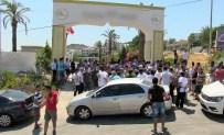 GÜMBET - Eylem Yapan Personel Lüks Oteli İşgal Etti