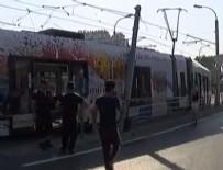 YERLİ TRAMVAY - İstanbul'da tramvay raydan çıktı! Yaralılar var