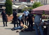 ARBEDE - Kimlik Kontrolü Yapmak İsteyen Polis Memuru Darp Edildi