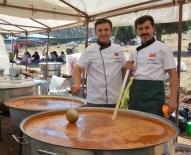 MAHALLE MUHTARLIĞI - Tarhana Şenliğinde 1 Ton Tarhana Çorbası Dağıtıldı