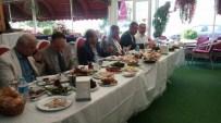 AK Partililer Basın Mensuplarıyla Kahvaltıda Buluştu