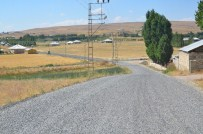Erciş Belediyesi'nden Yol Asfaltlama Çalışması