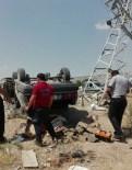 YÜKSEK GERİLİM HATTI - Otomobil Yüksek Gerilim Hattı Direğine Çarptı