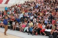 SİHİRBAZLIK - Yaz Spor Okulu Öğrencilerine Milli Değerler Konferansı