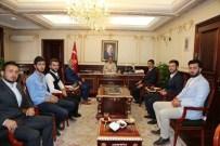 ÜLKÜCÜLER - Yozgat Ülkü Ocakları Başkanı Küçükduman Yozgat Valisi Yurtnaç'ı Ziyaret Etti.