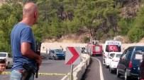 KEMER BELEDİYESİ - Antalya'da hain saldırı: 2 asker yaralı