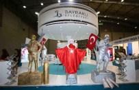 KARİKATÜR - İzmir Fuar'ında Bayraklı Standına Renk Katacak