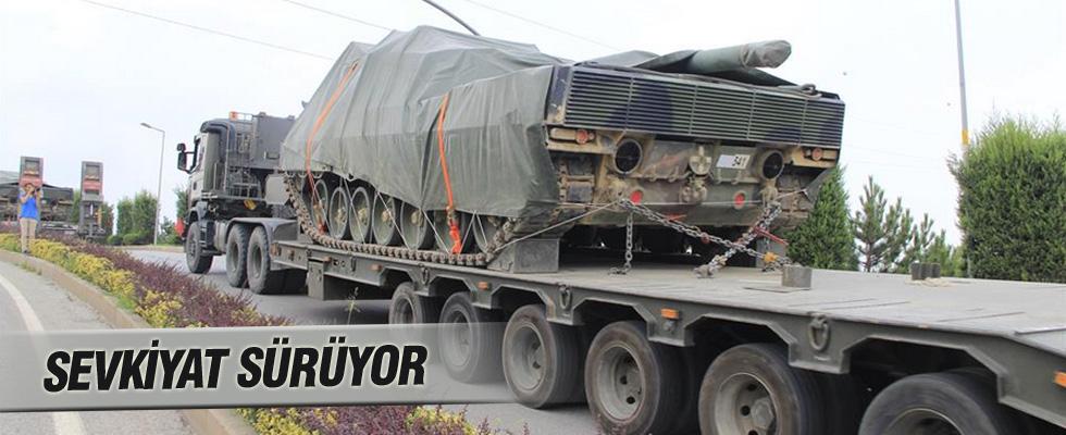 Kocaeli'den sınıra tank sevkiyatı
