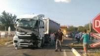 YOLCU TRENİ - Tren Kazasında Faciadan Dönüldü