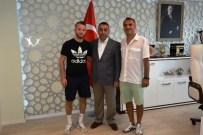 İŞİTME ENGELLİLER - Gol Kralından Başkanvekili Çebi'ye Ziyaret