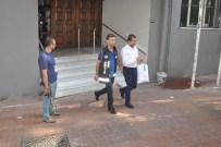 ZAMAN GAZETESI - İzmir'de FETÖ'den Gözaltına Alınan İş Adamları Adliyeye Sevk Oldu