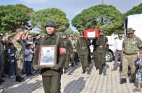 EMNİYET TEŞKİLATI - Kahramanmaraşlı Şehit Uzman Çavuş Uğur Kartal, Gözyaşları Arasında Toprağa Verildi