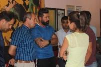 AHMET YıLDıZ - Kayserispor'dan Trafik Kazası Geçiren Genç Taraftarın Ailesine Anlamlı Ziyaret